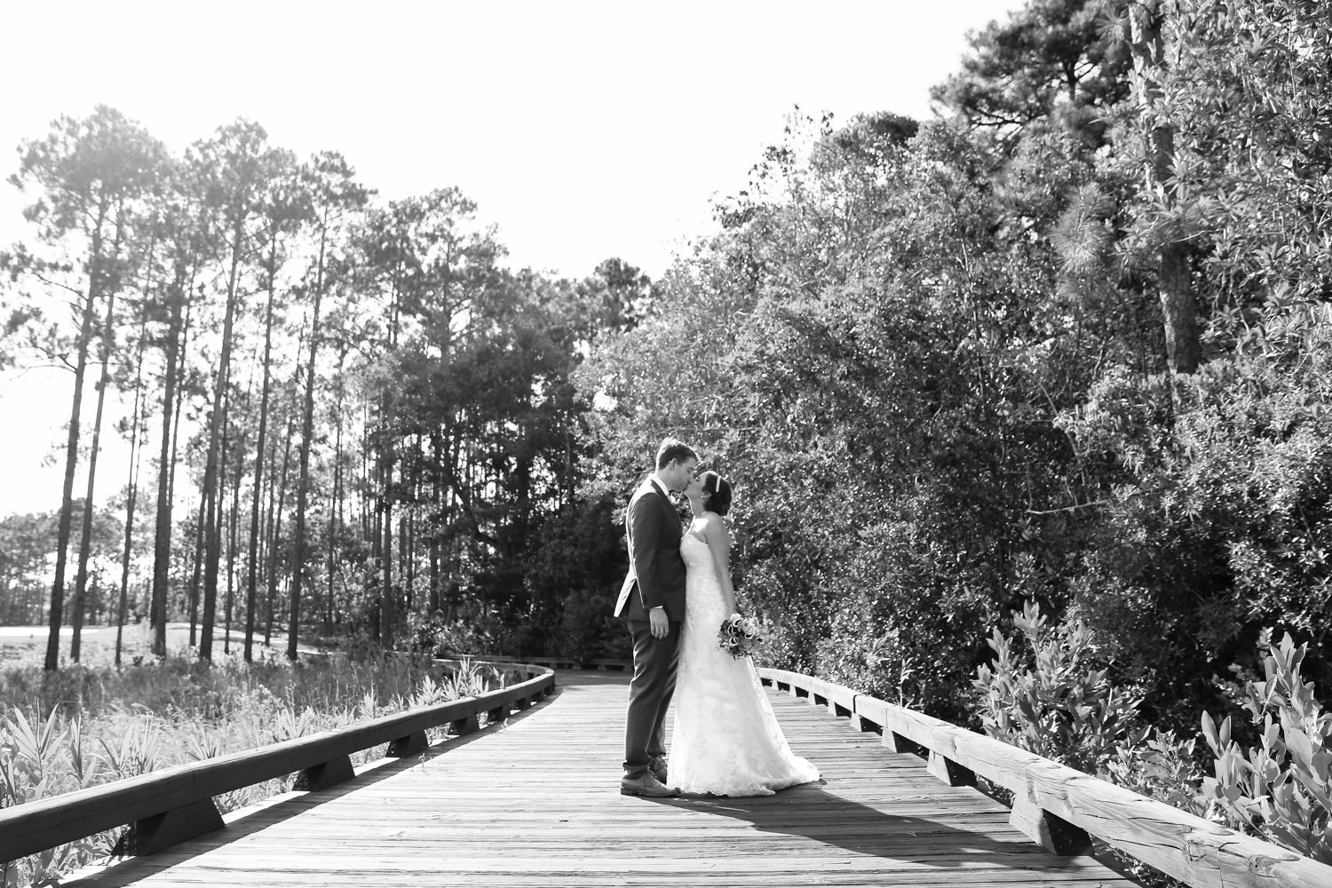 beautiful wedding couple in st james plantation